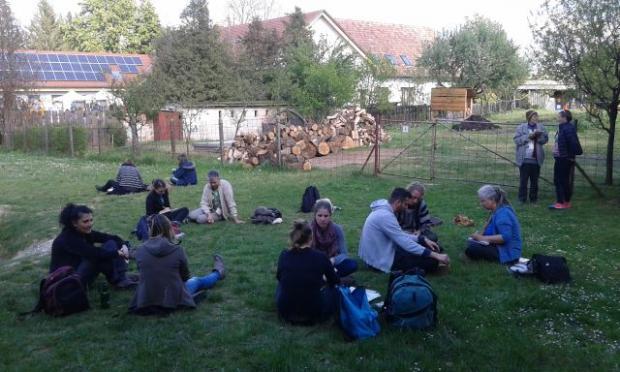 Páros beszélgetés e gyakorlat kipróbálása során Őriszentpéteren a zöld civil országos találkozón 2016 áprilisában
